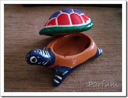 collection de tasses et tortues 010
