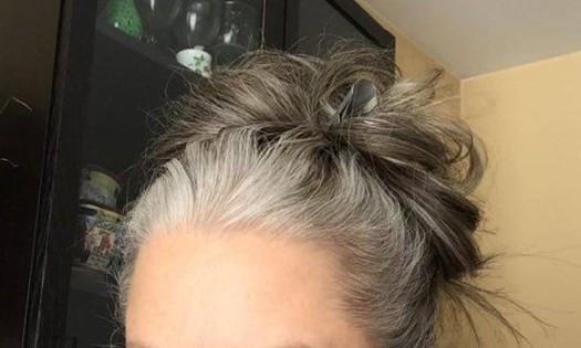 cheveux-gris